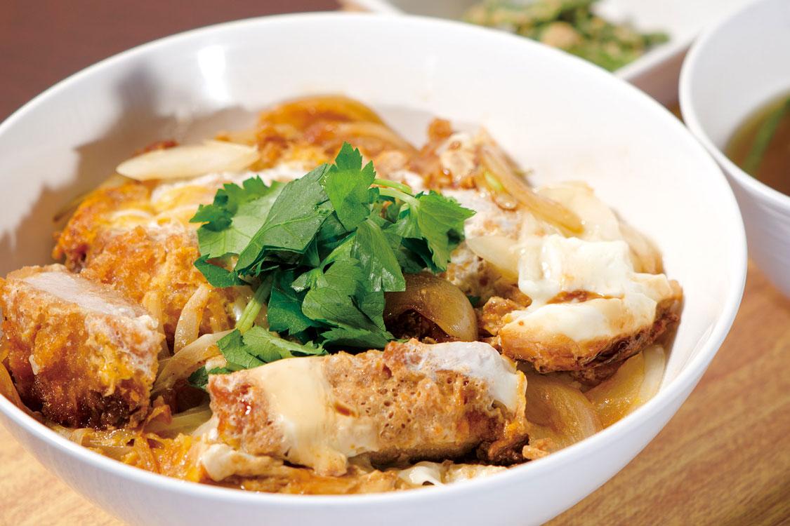信州米豚の贅沢ソースカツ丼